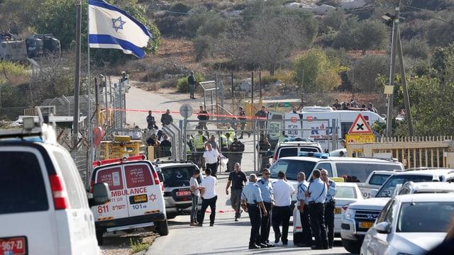 SRF News: Attentat im Westjordanland: Palästinenser tötet drei Israelis