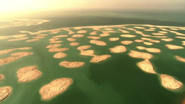 Le sable, enjeu d'une bataille économique féroce, au risque de conséquences écologiques désastreuses... Auf_sand_gebaut@1x