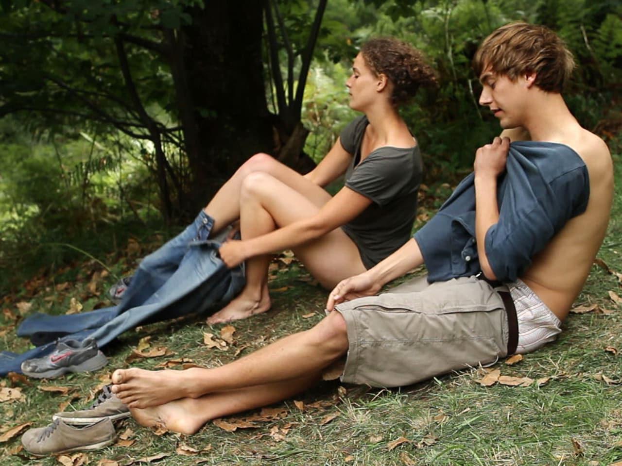 Смотреть онлайн фильм на природе дамы молодые парни