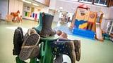 Regierung präzisiert, wer Anrecht auf externe Kinderbetreuung hat (Artikel enthält Audio)