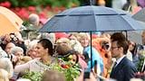 «Grattis, Victoria»: Kronprinzessin feiert Geburi im Regen (Artikel enthält Video)