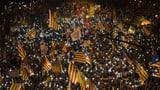 Katalanische Separatistenführer zu hohen Haftstrafen verurteilt (Artikel enthält Video)