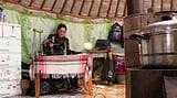 Video «Bayasgalant – Eine neue Existenz Dank 120 Franken» abspielen