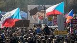 Hunderttausende demonstrieren in Prag (Artikel enthält Video)