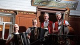 Video «Nicolas Senn zu Besuch im Gasthaus Frohwies Hemberg SG.» abspielen