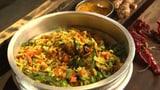 Trockenes Curry mit Kohl, Karotten und Kokosnuss: Thoran