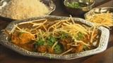 Curry mit Poulet, Aprikosen und Kartoffelstreifen: sali murghi