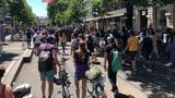 Tausende marschieren durch Zürich (Artikel enthält Video)