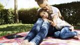 Video «Zusatzeltern – Paten für Kinder psychisch kranker Eltern» abspielen