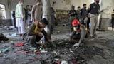 Bombenanschlag auf Koranschule tötet acht Kinder – 110 Verletzte (Artikel enthält Video)