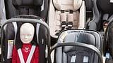 Die Kleinsten fahren im Auto seitlich am sichersten (Artikel enthält Audio)