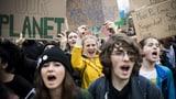 Klimajugend hat mit den weltweiten Streiks begonnen (Artikel enthält Audio)