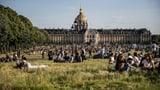 Pariser Parks nach langer Pause wieder offen (Artikel enthält Video)