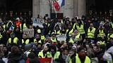 Paris leuchtet wieder gelb (Artikel enthält Video)