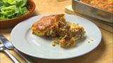 Albanisches gebackenes Lamm mit Reis: Tavë kosi