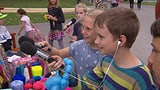 Video «Verstehen lernen - Wie Kinder auf Fremdes zugehen» abspielen