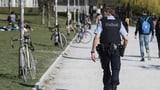 Absichtlich einen Polizisten angehustet – festgenommen (Artikel enthält Audio)