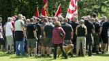 Warum sind Schweizer Rechtsextreme nicht so gewaltbereit? (Artikel enthält Video)