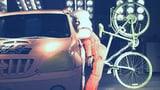 Video «Der Airbag-Helm im Extremtest» abspielen