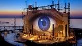 Spektakel für Auge und Ohr: Die besten Bühnenbilder aus Bregenz (Artikel enthält Video)