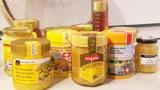 Video «Plastik im Honig: Test zeigt alarmierende Resultate» abspielen