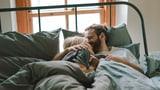Seit 8 Jahren in einer offenen Beziehung – wie kann das gehen? (Artikel enthält Audio)
