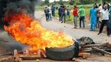 Mugabe ist weg, aber der Wandel noch nicht da (Artikel enthält Audio)