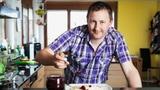 Video ««SRF bi de Lüt – Männerküche» (5): Thomas Blum» abspielen