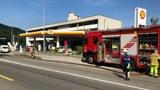 Beissender Qualm nach Brand neben Badener Tankstelle (Artikel enthält Audio)