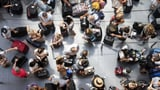 Immer mehr Flugpassagiere kompensieren ihren CO2-Ausstoss (Artikel enthält Audio)