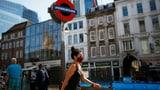 In England kommt die Maskenpflicht beim Einkaufen (Artikel enthält Video)