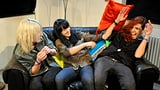 Video «Die Rock-Ladys kommen: Velvet Two Stripes» abspielen