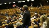 Europa trauert, Farage jubelt (Artikel enthält Audio)