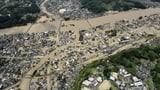 Schwere Überschwemmungen in Japan (Artikel enthält Bildergalerie)