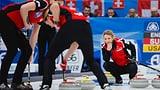 Die Schweizer Curlerinnen wollen das Double (Artikel enthält Video)