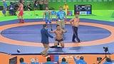 Protest-Striptease beim olympischen Ringen (Artikel enthält Video)