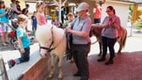 Video «Üse Zoo (3): Überraschung nach einem strengen Tag» abspielen