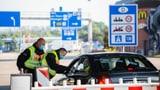 Deutschland beschliesst neue Regeln für Einreise-Testpflicht (Artikel enthält Video)