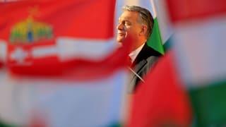 Regierungspartei kauft Ungarns Unternehmen auf