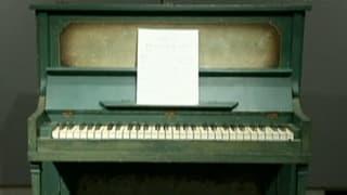 Piano aus «Casablanca» kam unter den Hammer