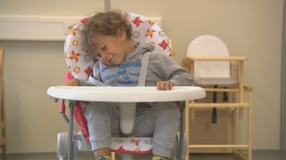 Kinderhochstühle sind oft zu wenig robust   (Artikel enthält Video)
