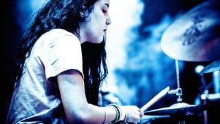 Drum spielen Frauen keine Drums