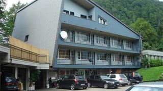 Schwyzer Regierung beharrt auf Durchgangszentrum in Innerthal