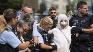 Proteste gegen Grossbanken in Zürich und Basel