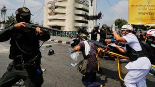 Tödliche Krawalle in Bangkok