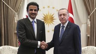 Katar greift der Türkei mit Milliarden unter die Arme