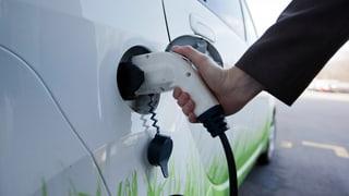 Regenza vul promover autos electrics