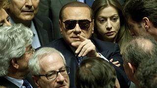 Berlusconi legt sich mit «dummen Idioten» an