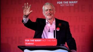 Jeremy Corbyn weiss seine Labour-Partei hinter sich. Seine Position in der Brexit-Debatte indes schadet ihm beim Volk.