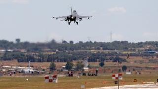 Türkische Kampfjets greifen IS-Stellungen in Syrien an